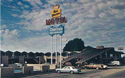 Historic U S Highway 66 Through Arizona On Vintage Postcards Travelodge Gallup Chambers Az Hotels
